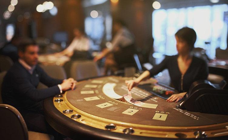Quels jeux avec croupier en direct dans les casinos en ligne?